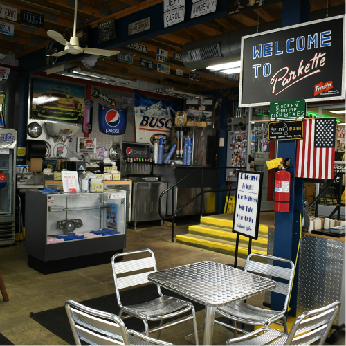 garage at the parkette drive in diner in lexington kentucky