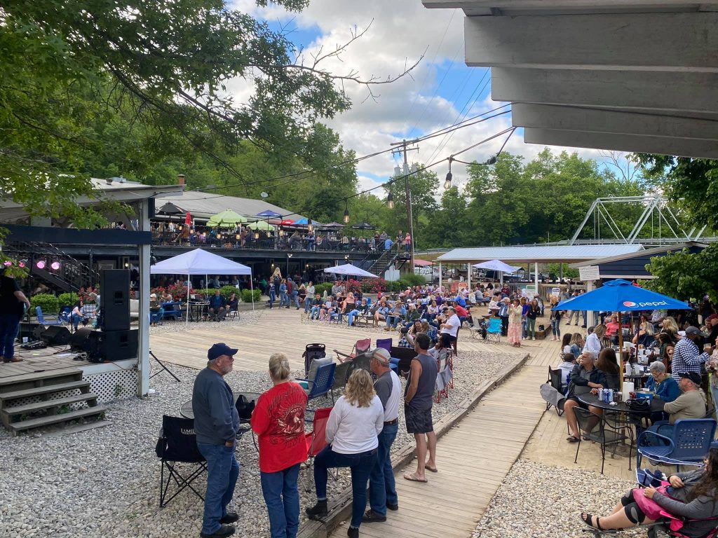 Proud Mary Honky Tonk Outdoor Entertainment Stage